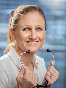 Dr. med. Inga-Nadine Kummer